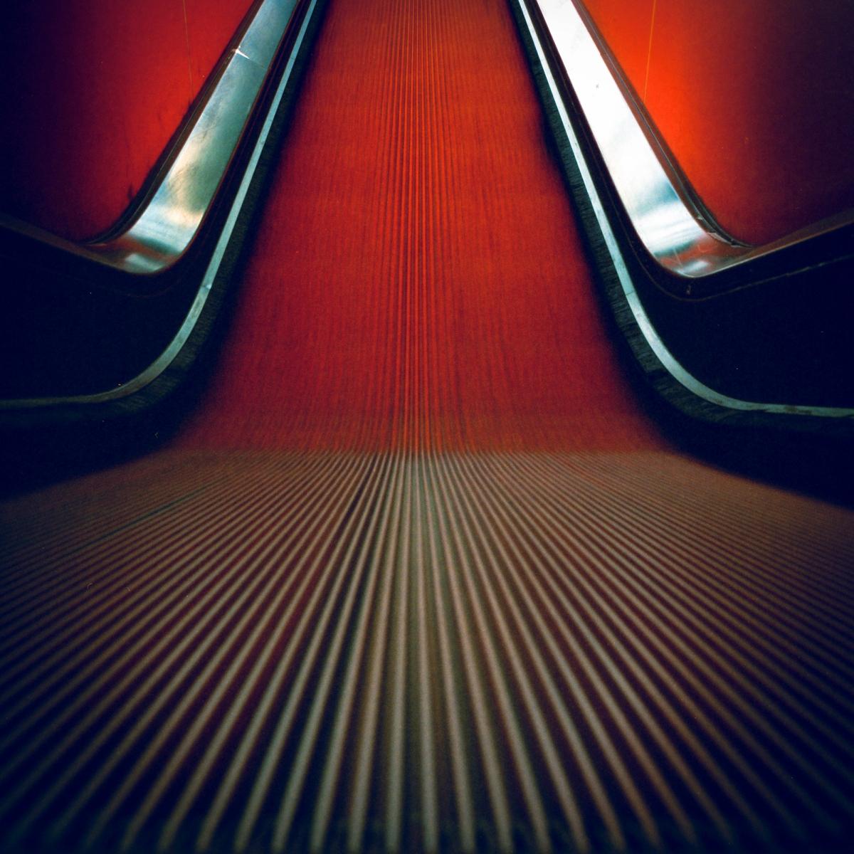 Langzeitbelichtung der Rolltreppe an der Zeche Zollverein in Essen